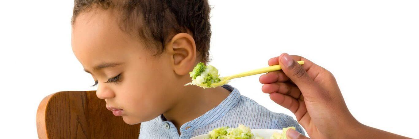 How to raise children who love eating vegetables