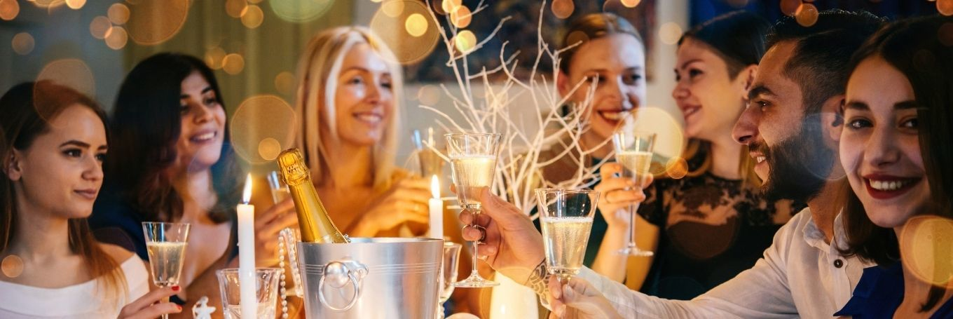 How to Navigate the Christmas Party as an Introvert